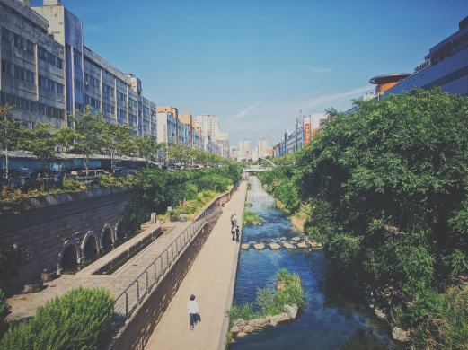 The Cheonggye Cheon stream